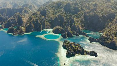 """Pilipinas, Pinarangalan bilang """"Best Overseas Diving Area"""" ng isang Magazine"""
