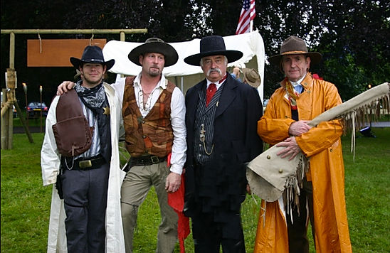 Entertainment for wild west parties in the UK. Hire Western activities, entertainment and more.