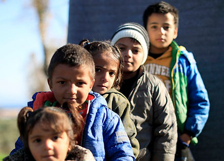 giorgos-moutafis 5 children row .jpg