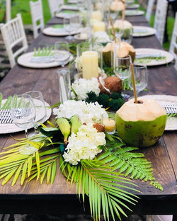 Maui wedding table setting