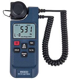 REED R8140 LED Light Meter