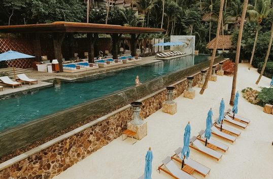 Infinity pool Four Seasons Thailand
