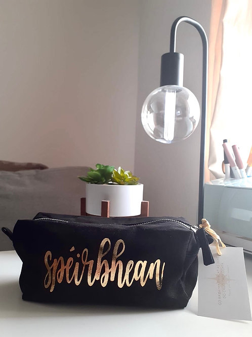 Mála Smididh | Make-Up Bag