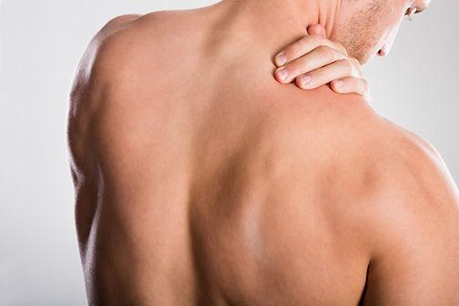 Mann-mit-glattem-Rücken.jpg