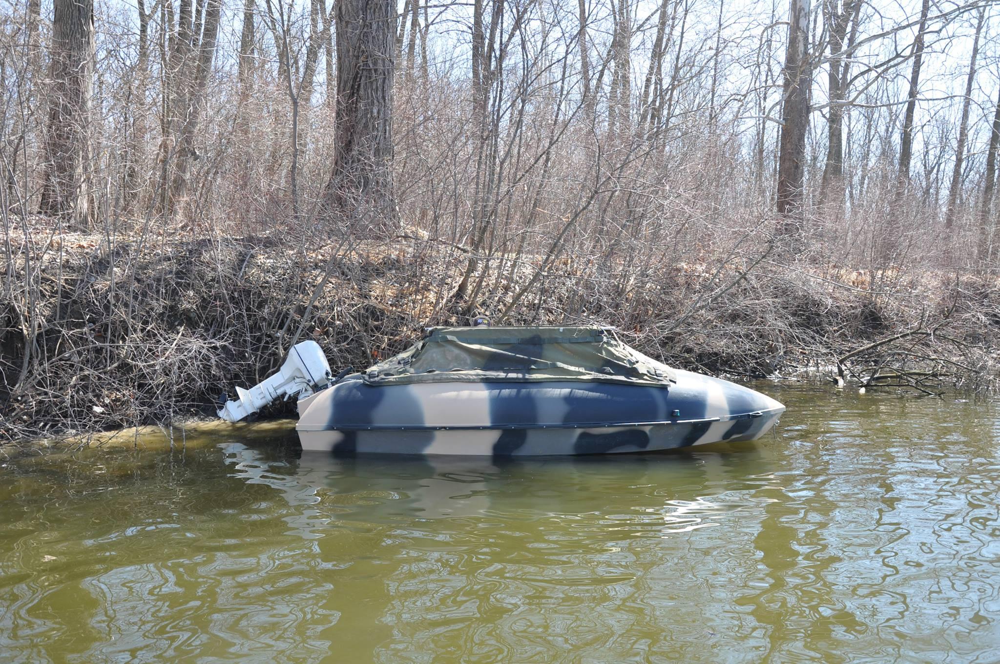 14SC in water, starboard side