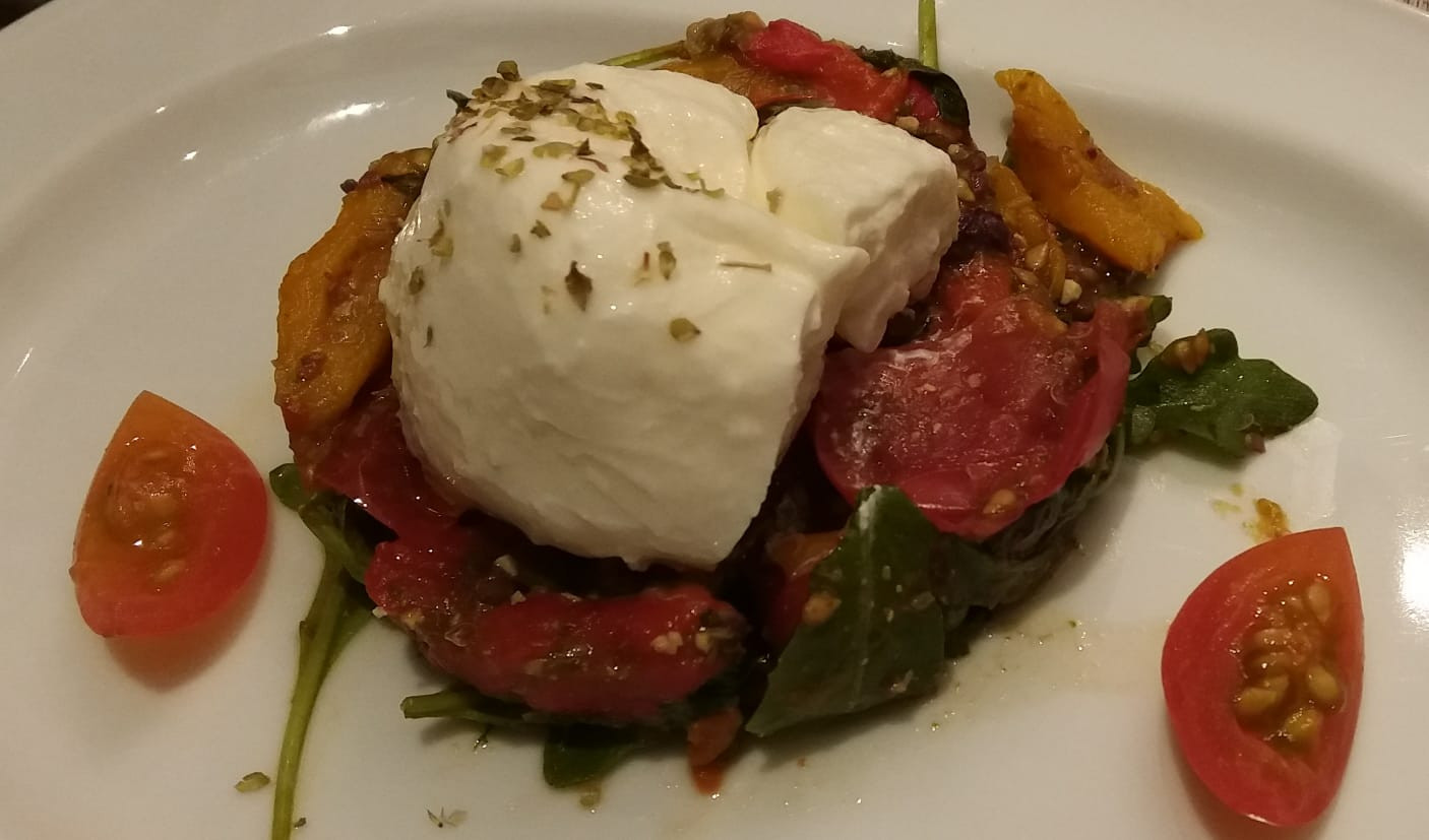 Burratina with sweet peppers 'Peperonata'