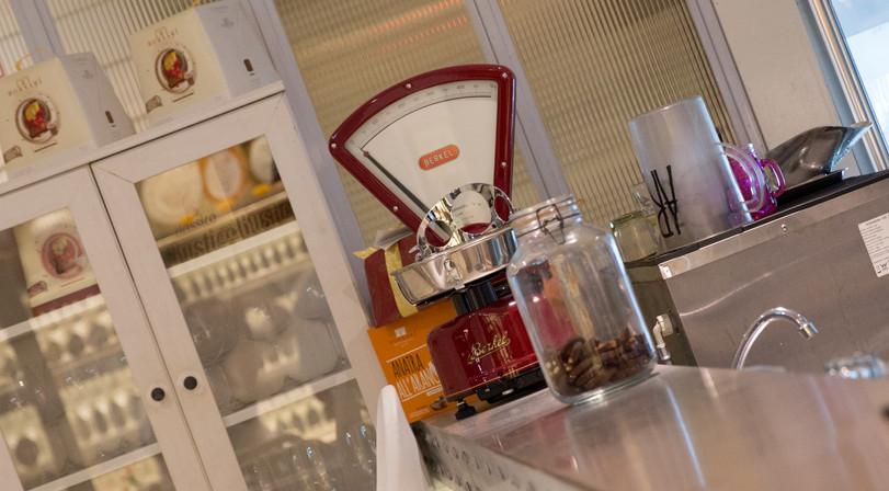 Latteria Mozzarella Bar interior