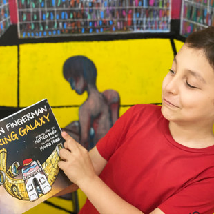 THE CHILDREN'S BOOK REVIEW