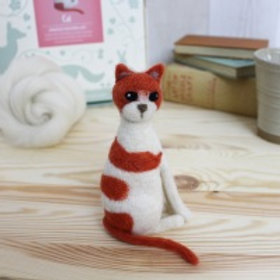 Cat needlefelting kit