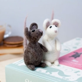 Mice needlefelting kit