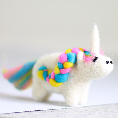 Unicorn Mini needlefelting kit