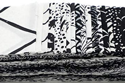 "Hoffman Bali Poppy - 425 Oreo Batik 2.5"" x 20 Strips Fabric roll up"