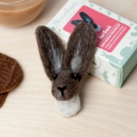 Hare Brooch needlefelting kit