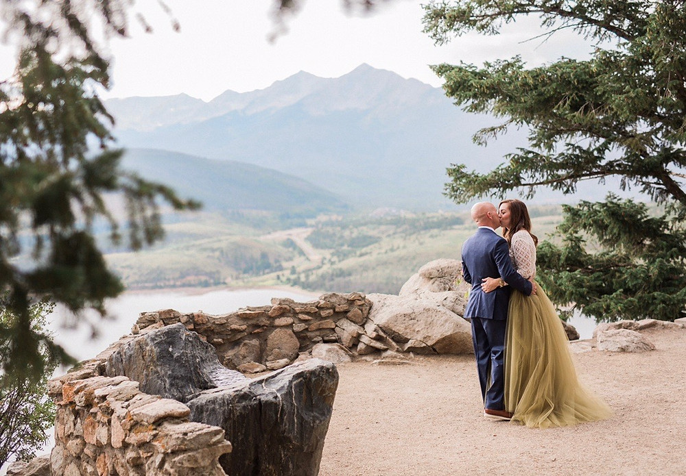 Breckenridge Wedding Planner - Bride and Groom - Sapphire Point Wedding