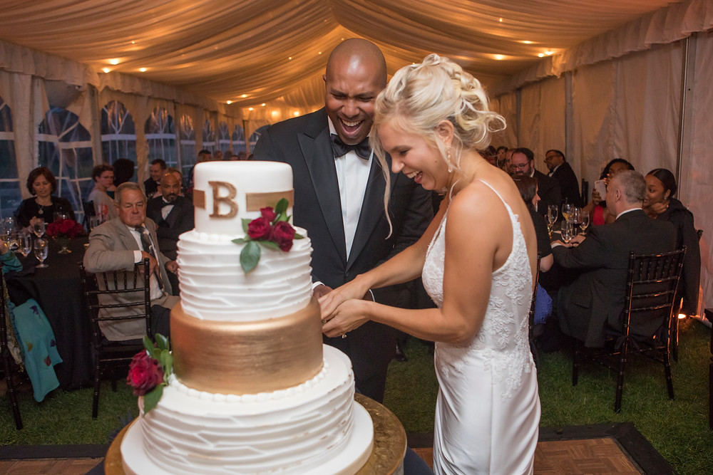 Colorado Wedding Planner - Cake Cutting