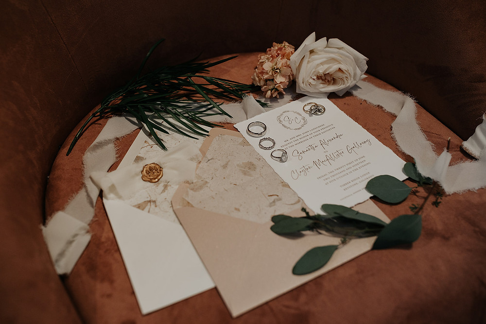 Keystone Wedding Planner - Timber Ridge Wedding - Invitations