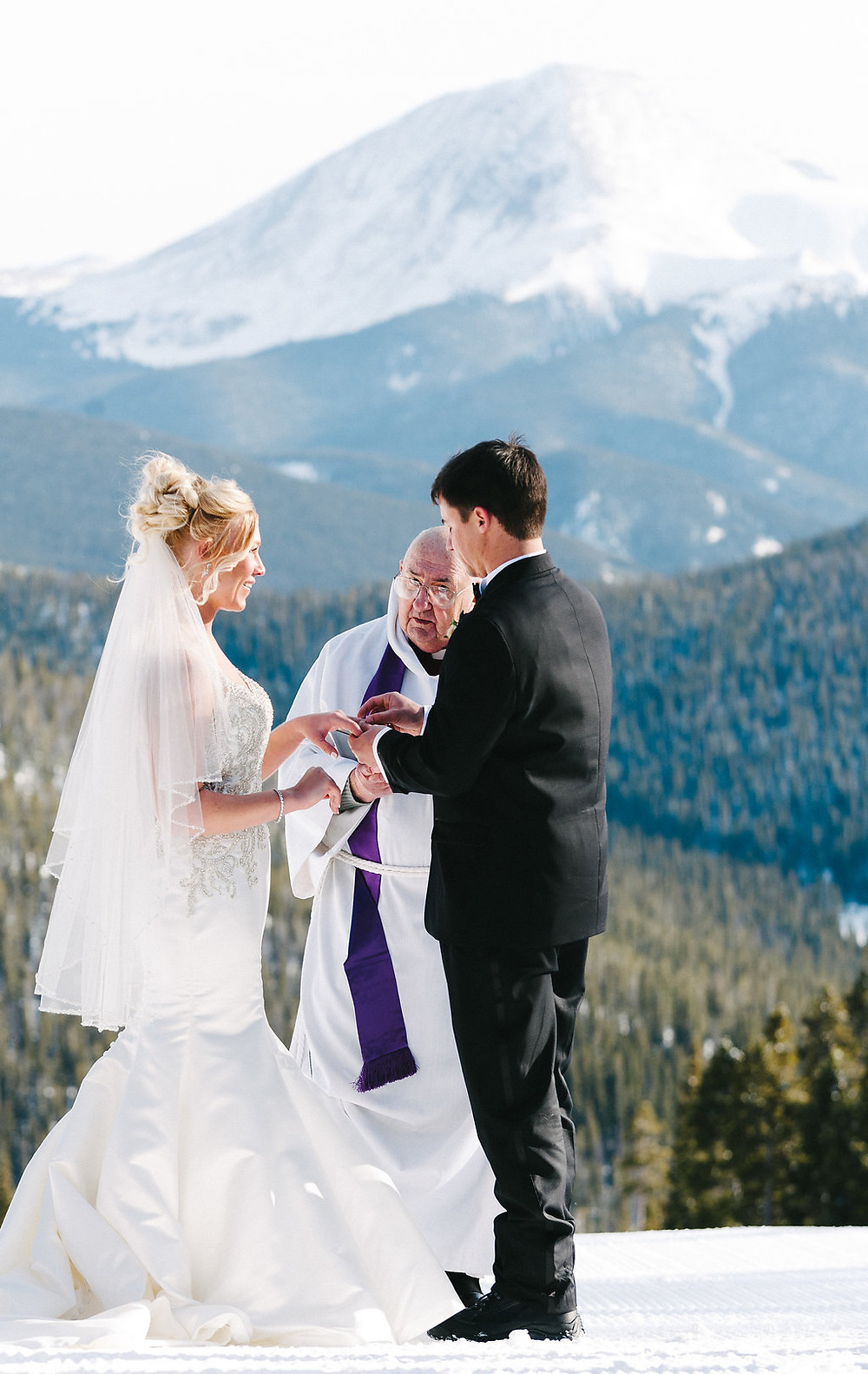 Colorado Winter Wedding - Keystone Winter Wedding Planner
