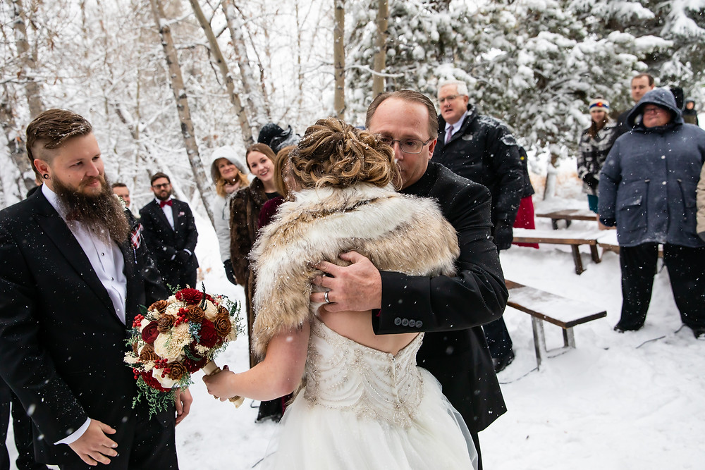 Silverthorne Wedding Planner - Colorado Winter Wedding