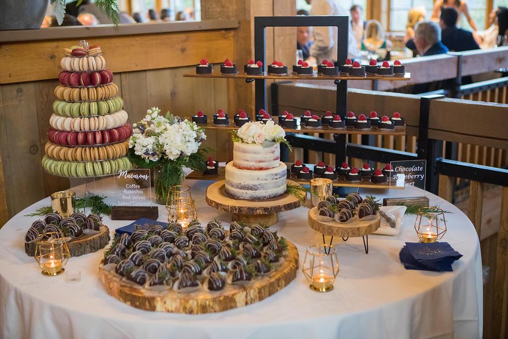 Breckenridge Wedding Planner - Ten Mile Station Wedding - Dessert Table
