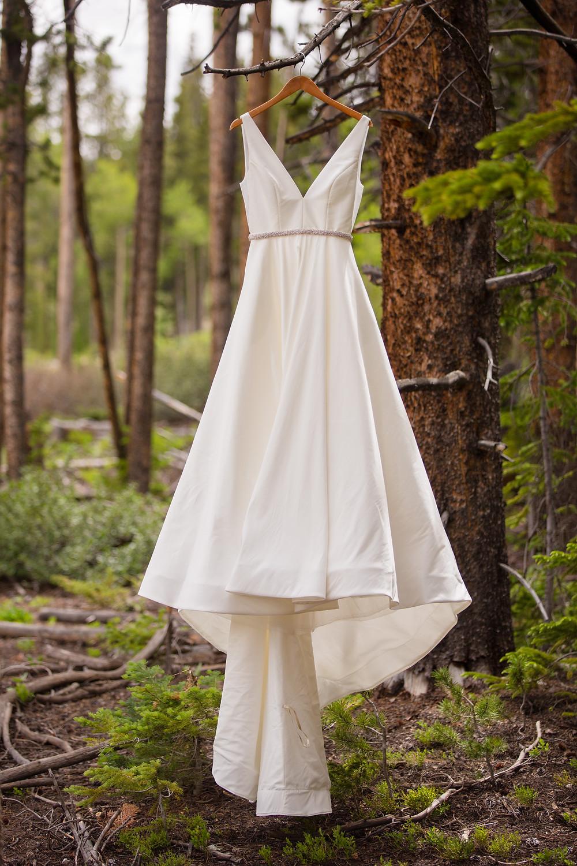Breckenridge Wedding Planner - Ten Mile Station Wedding - Wedding Dress