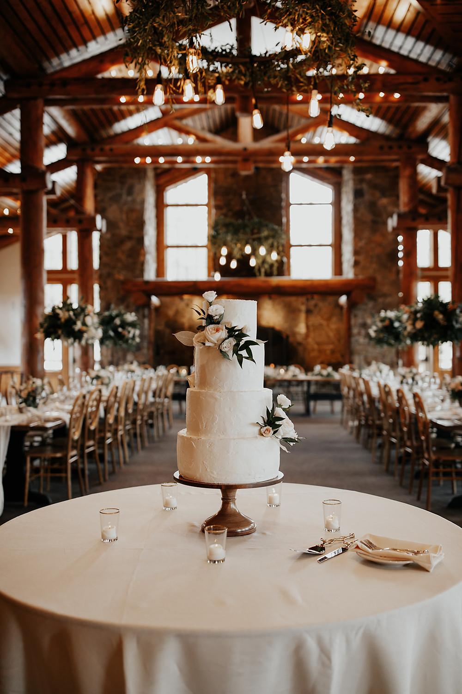 Keystone Wedding Planner - Timber Ridge Wedding - Wedding Cake