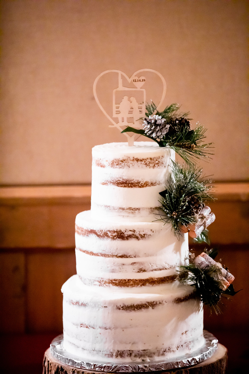 Silverthorne Wedding Planner - Colorado Winter Wedding - Wedding Cake