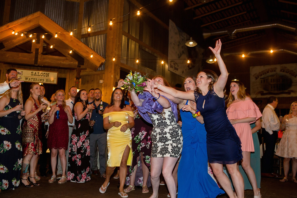 Breckenridge Wedding - Ten Mile Station Wedding - Bouquet Toss