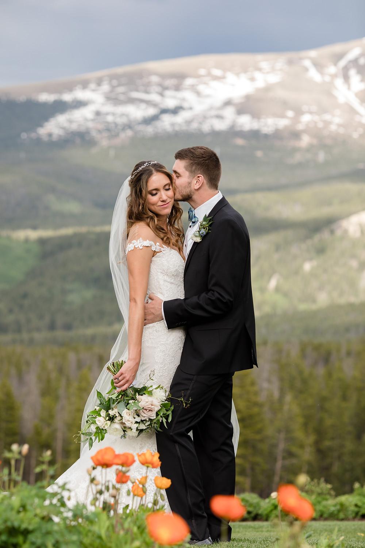 Breckenridge Wedding Couple, Ten Mile Station Wedding