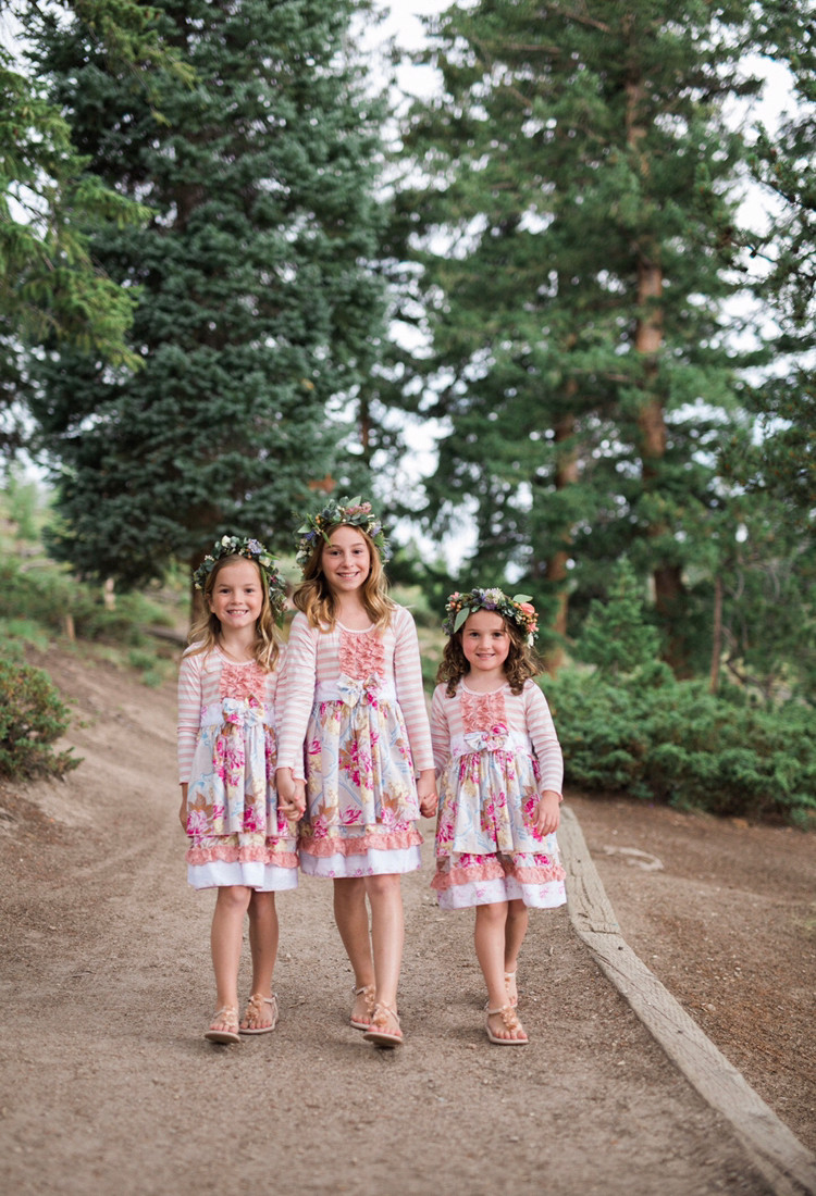 Breckenridge Wedding Planner - Flower Girls