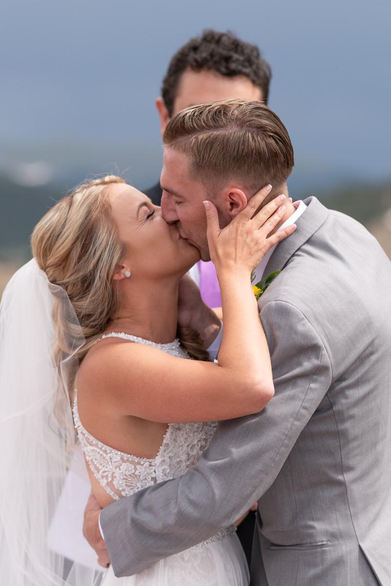 Keystone Wedding Planner - Keystone Ranch Wedding - first kiss