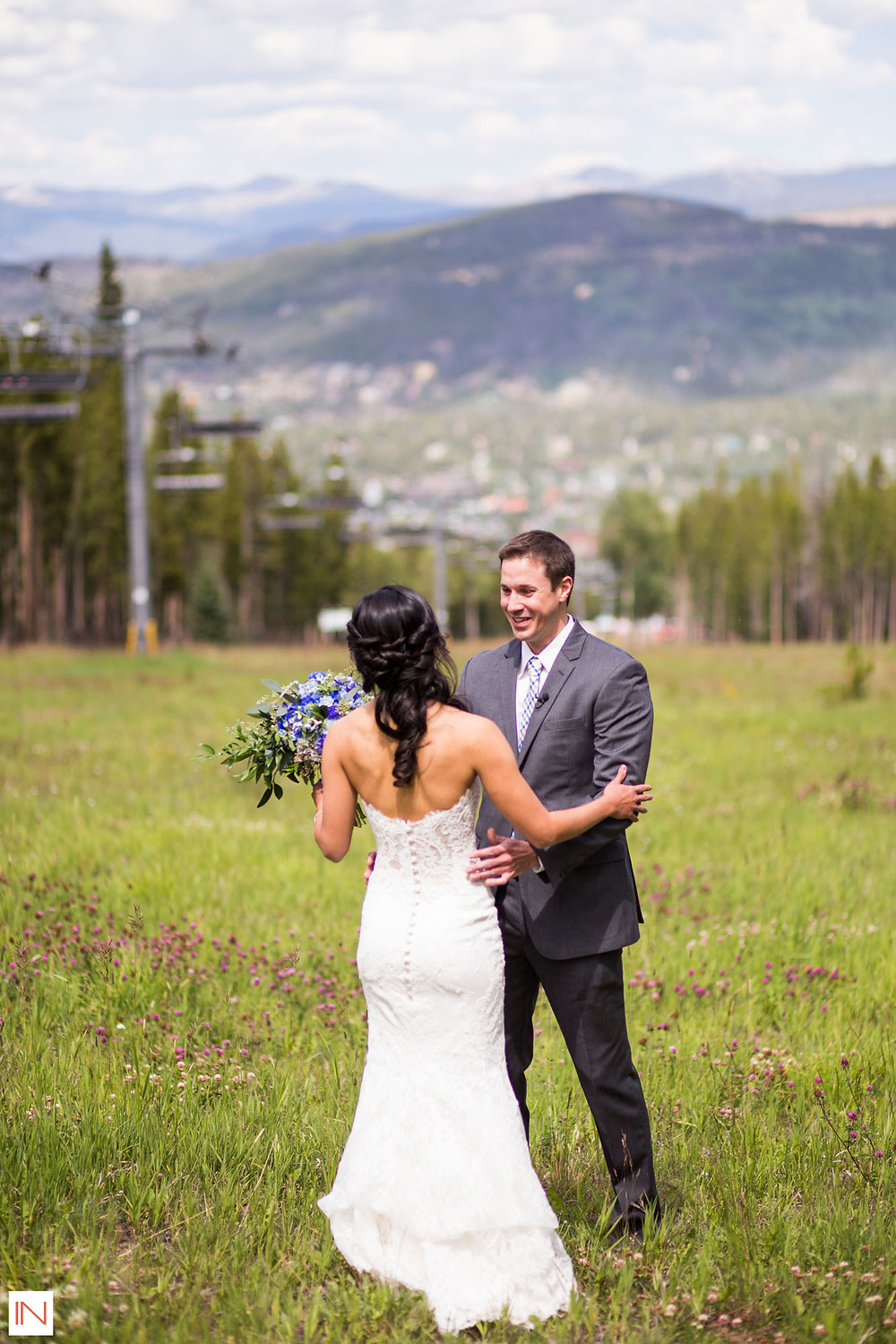 Breckenridge Wedding Planner - Breckenridge Wedding Couple First Look