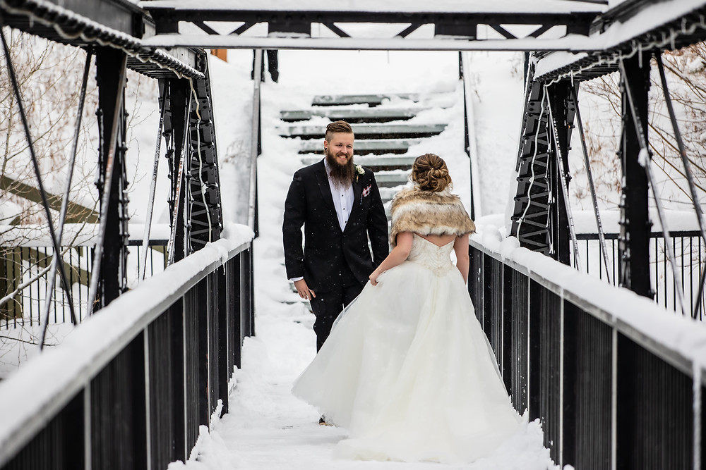 Silverthorne Wedding Planner - Colorado Winter Wedding - First look