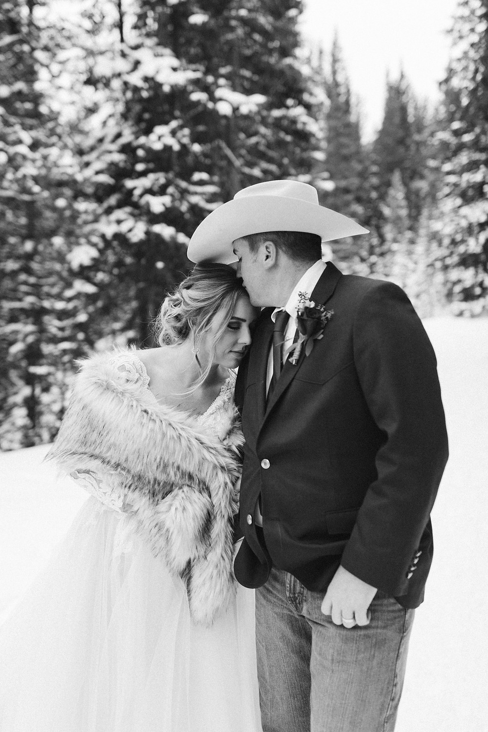 Breckenridge Winter Wedding - The Lodge at Breckenridge Wedding