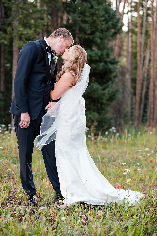 Breckenridge Wedding Planner - Bride and Groom - Chateau of Breckenridge Wedding