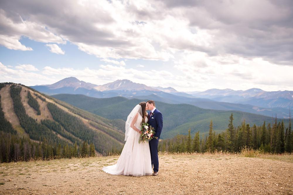 Keystone Wedding Couple, Timber Ridge Wedding