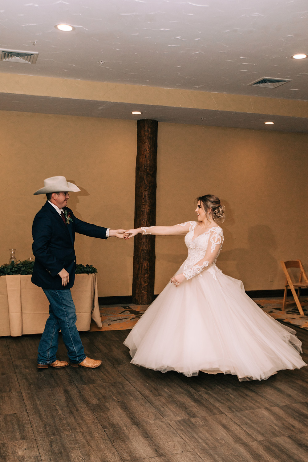 Breckenridge Winter Wedding - The Lodge at Breckenridge - First Dance