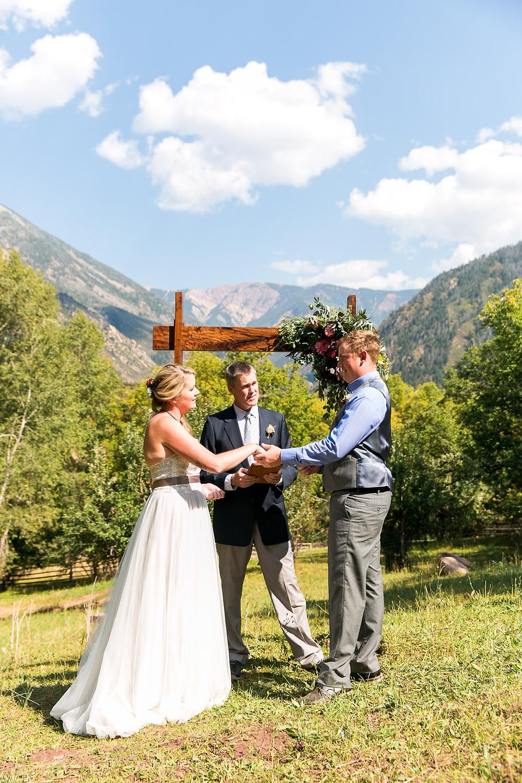 Colorado Wedding Planner - Colorado Wedding Couple