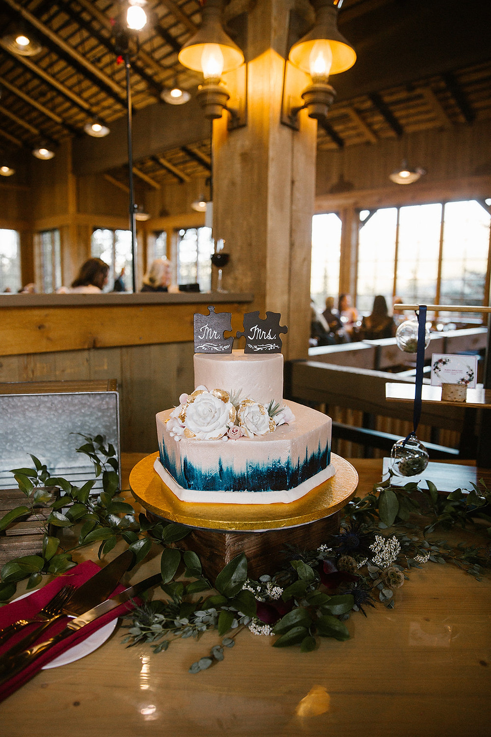 Breckenridge Wedding Planner - Ten Mile Station Wedding - Wedding Cake