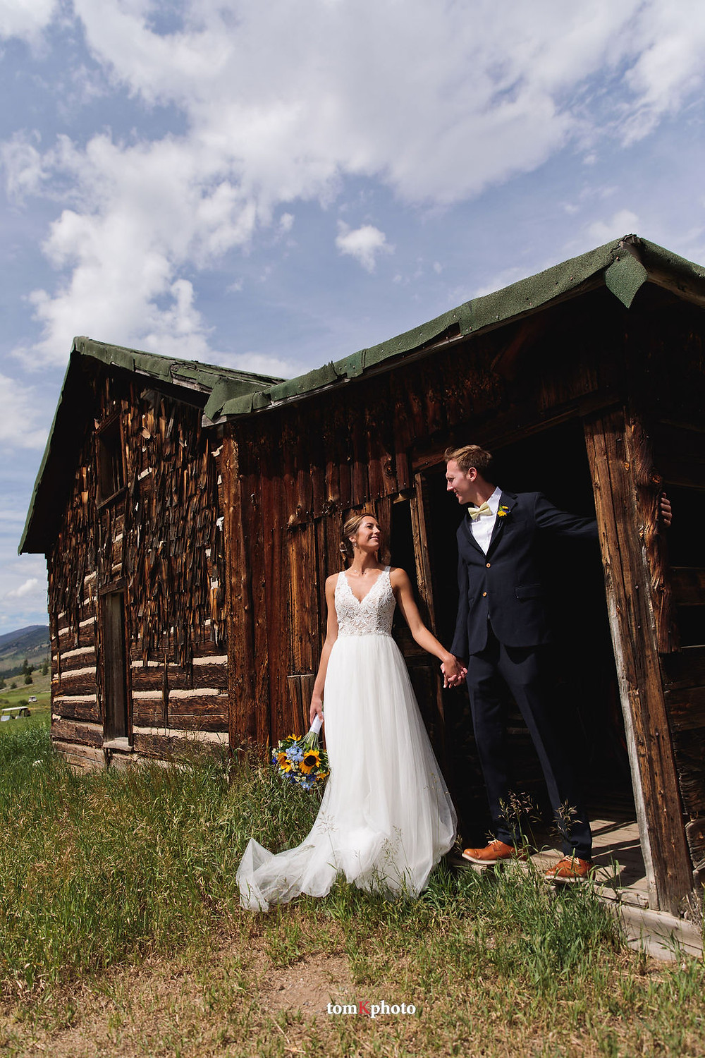 Keystone Wedding Planner - Keystone Ranch Wedding - Wedding Couple
