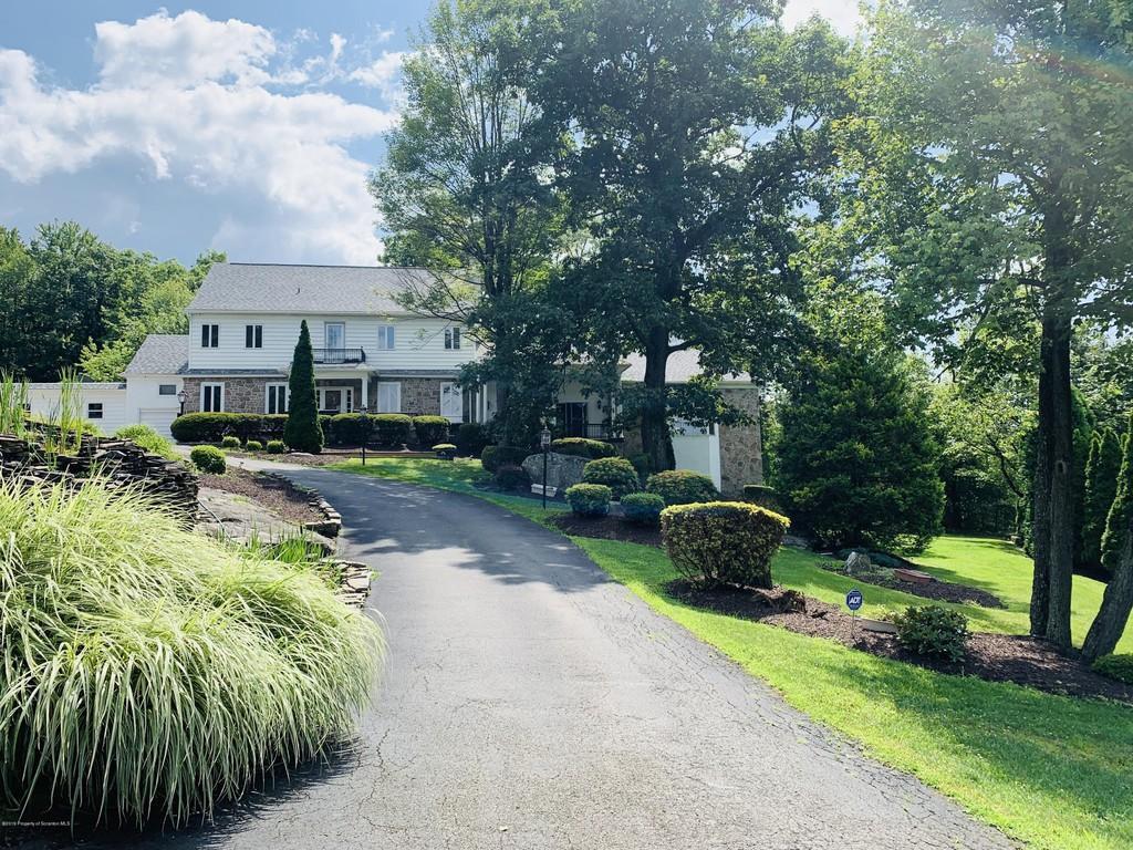 East Mountain Home