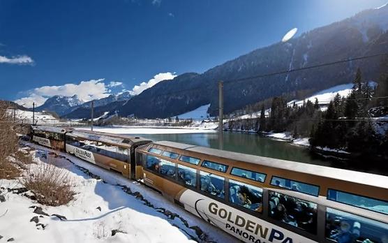 金色山口列车
