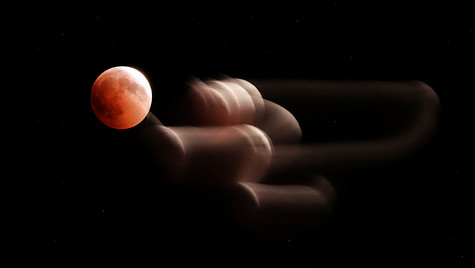 MOON TAPPING