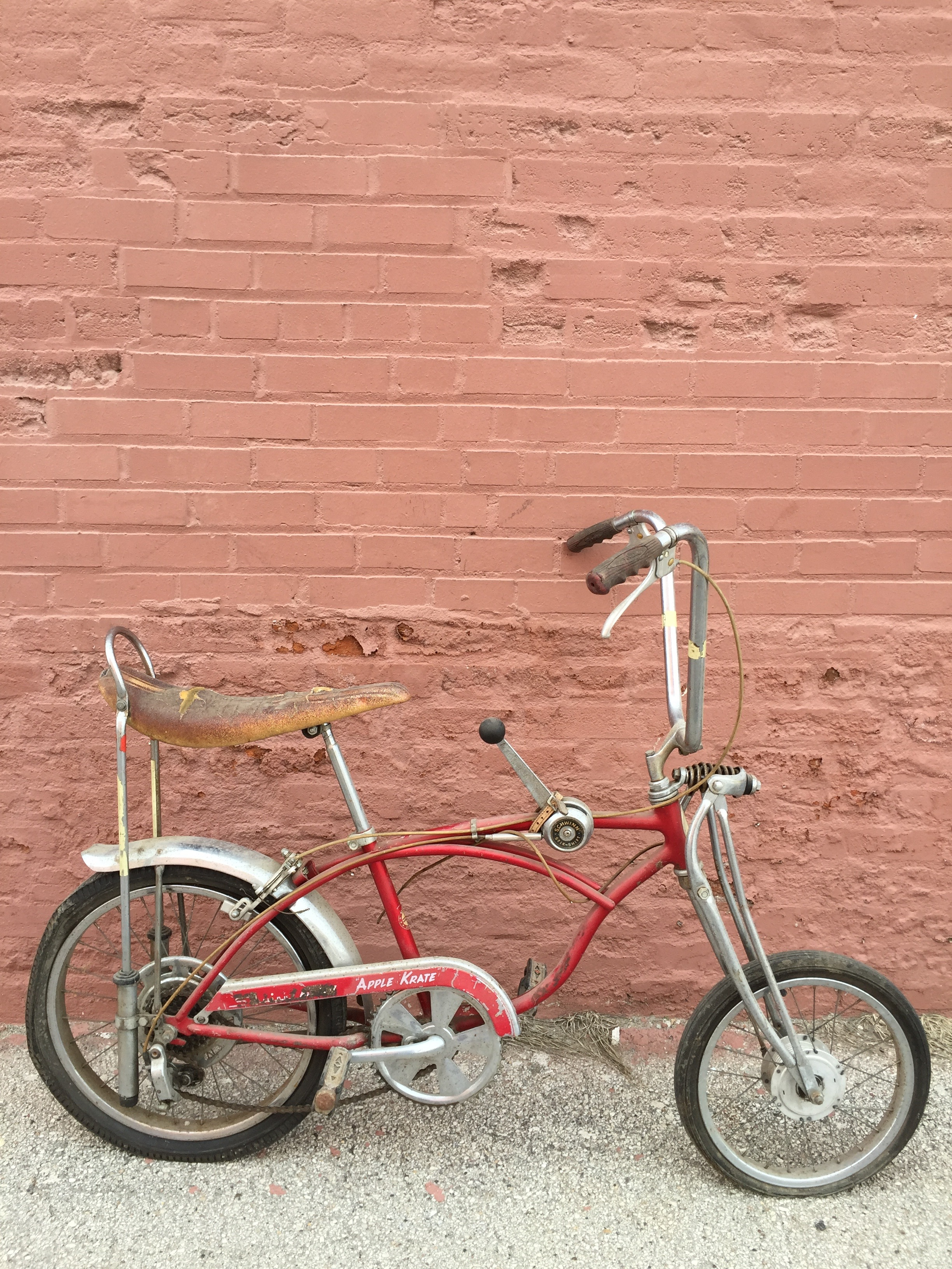 1968 Schwinn Apple Krate before pic