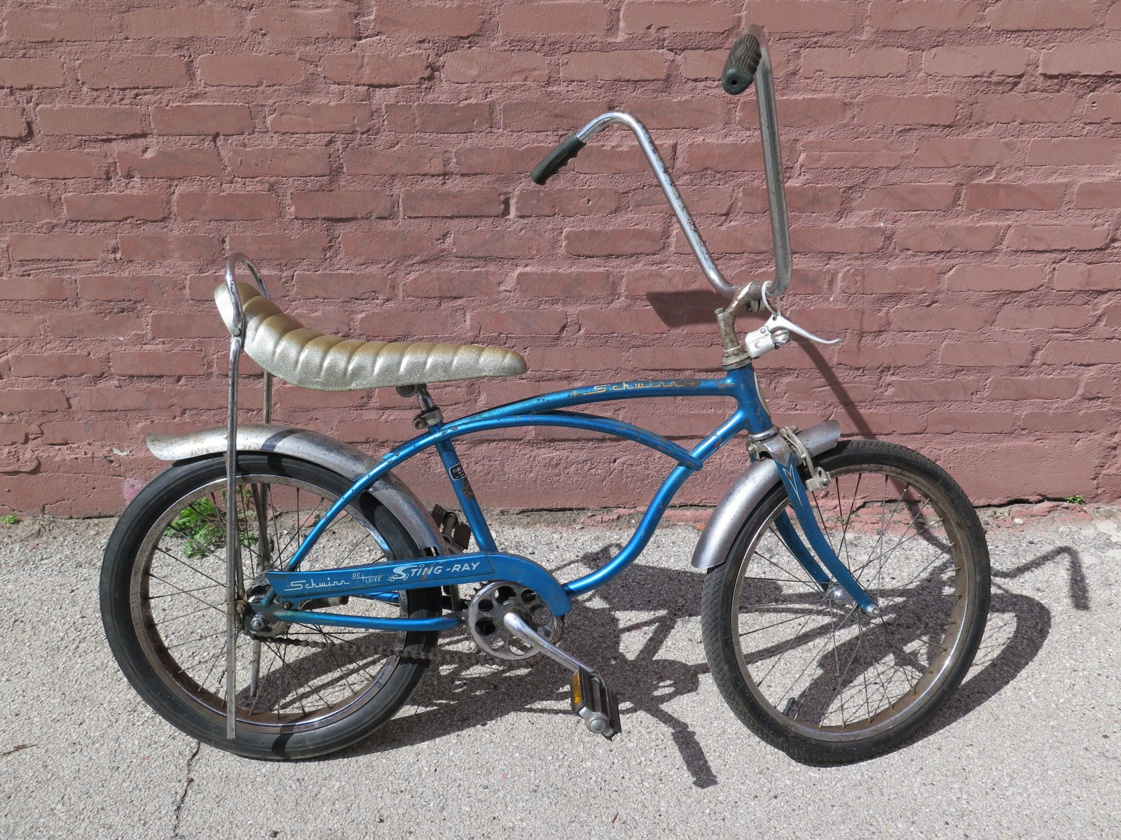 Schwinn Stingray 2 speed kickback