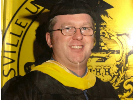 'I had to escape this debtors' prison': College grad flees U.S. to avoid student loan debt