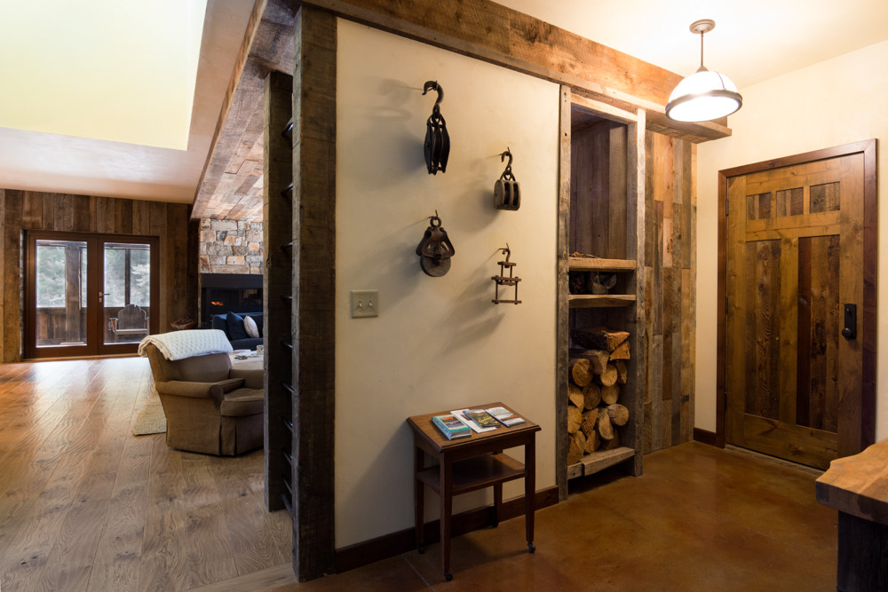 entryway_Hone_Architects_Builders_rustic
