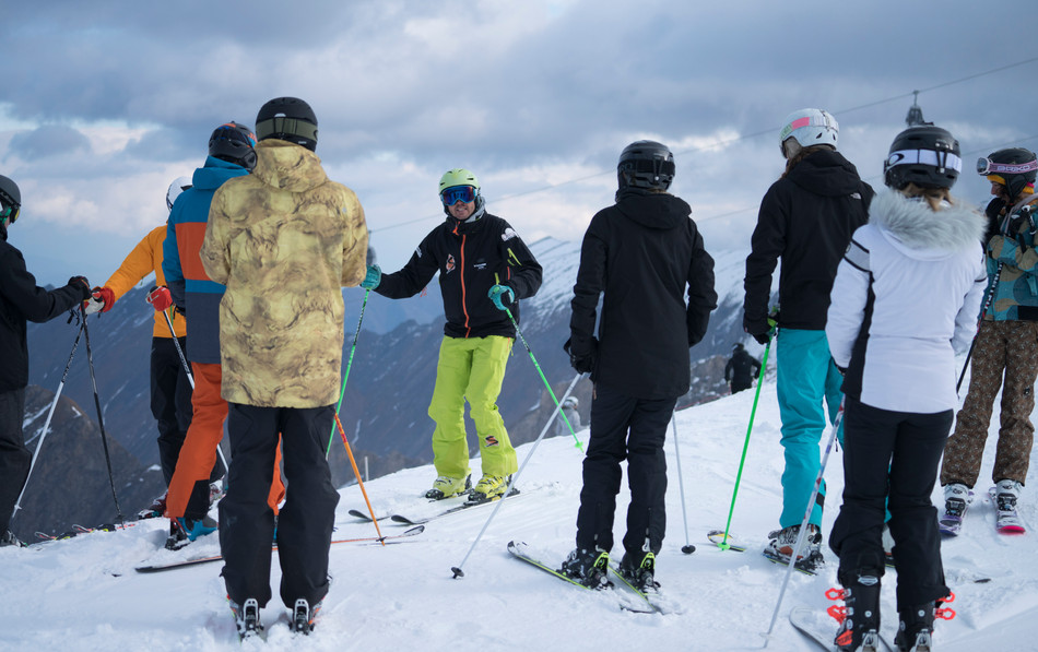 5 Tips To Skiing Better Moguls
