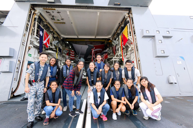 A fieldtrip on aboard a Navy ship!