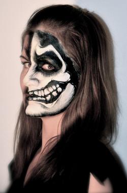 Halloween skull skeleton facepaint