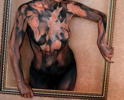 Scretch canvas female bodypaint